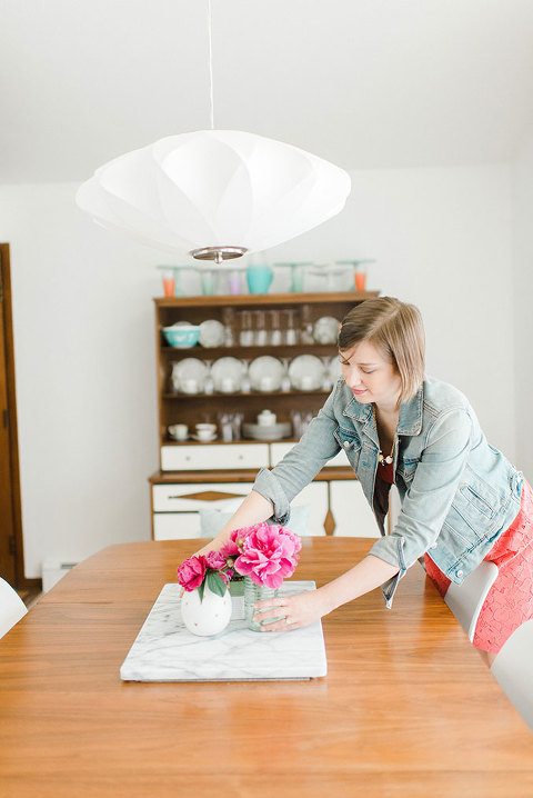 Mid-Century Modern Home Tour | dreamgreendiy.com + @glitterguide (Photos by @photopesce)