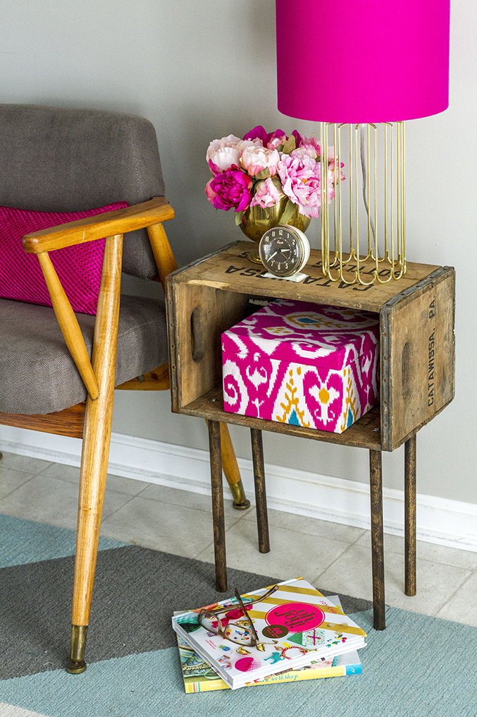 DIY Wooden Crate Side Table » Dream Green DIY