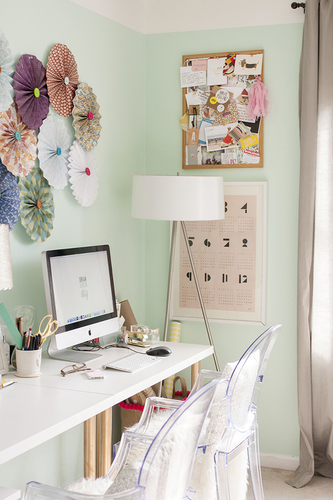 Blogger Stylin Home Tour: Spring Studio | Dream Green DIY