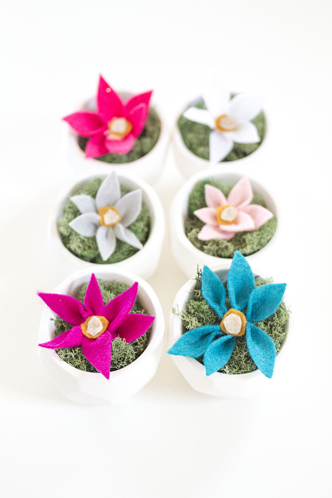 DIY Felt Flowers | Dream Green DIY