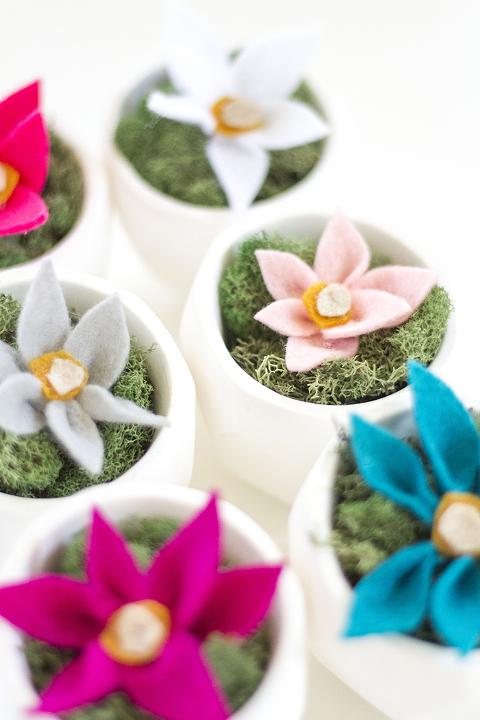 DIY Felt Flowers | Dream Green DIY