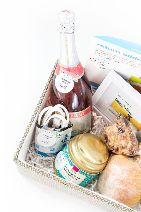 How To Curate The Perfect DIY Housewarming Gift Basket | Dream Green DIY