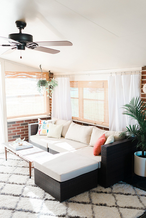 A Mid-Century Sunroom Makeover: Inspiration | Dream Green DIY (Photo: Andrea Pesce)