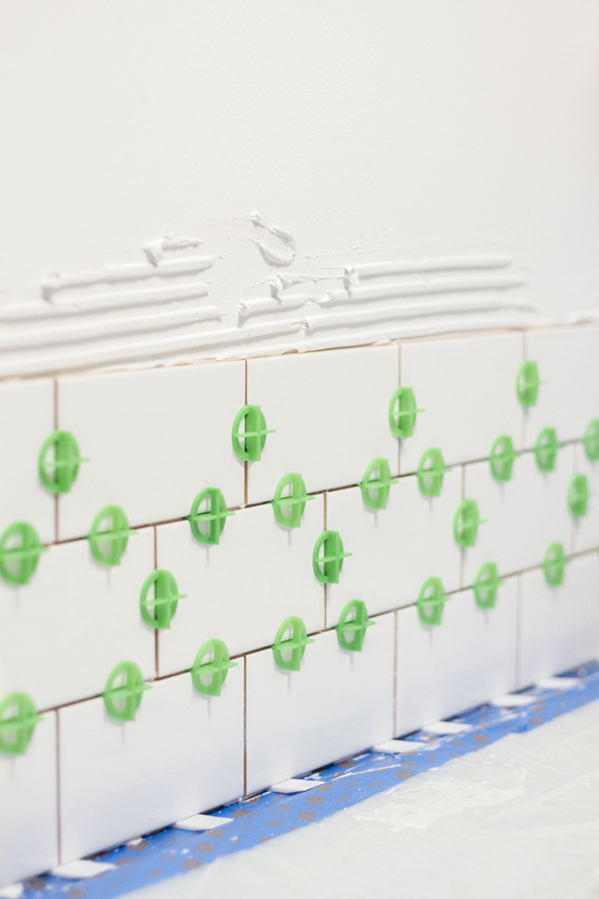 White Subway Tile Backsplash a white subway tile backsplash story - dream green diy