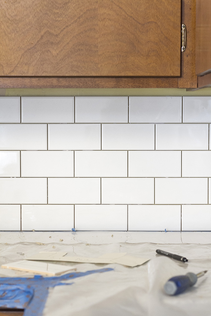 diy white subway tile backsplash builddirect