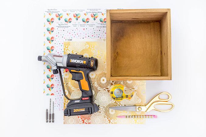 http://www.dreamgreendiy.com/wp-content/uploads/2016/06/15-35634-post/Worx-DIY-Box-Wall-Shelf-1-1.jpg