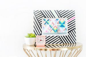 DIY Painted Frame Inspired By The Wynwood Walls In Miami | dreamgreendiy.com