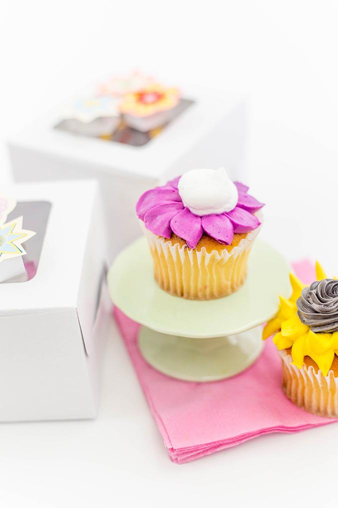 http://www.dreamgreendiy.com/wp-content/uploads/2016/07/15-36070-post/OTC-Cupcake-Boxes-17-677.jpg