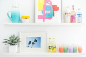 2 Ways To Style Dining Room Wall Shelves | dreamgreendiy.com + @minted