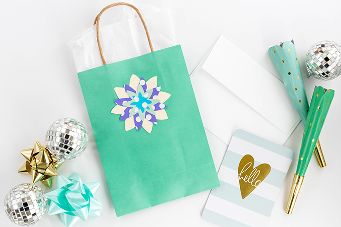 DIY Stenciled Floral Gift Bag Toppers - Dream Green DIY