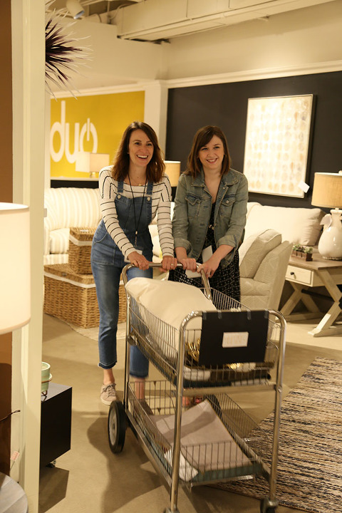 Behind The Scenes Of The 2017 @lazboy Design Dash | dreamgreendiy.com