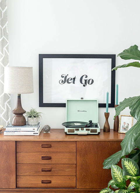 How To Make A Giant DIY Typography Art Print