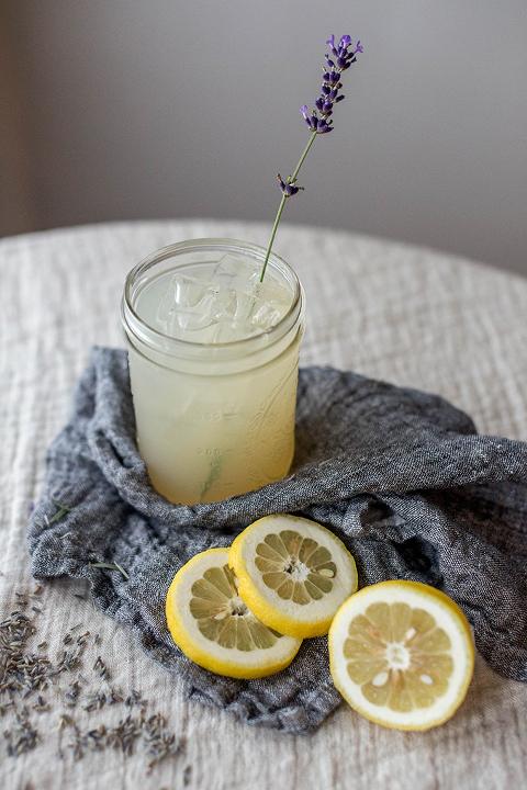 Homemade Lavender Syrup For Lemonade   dreamgreendiy.com