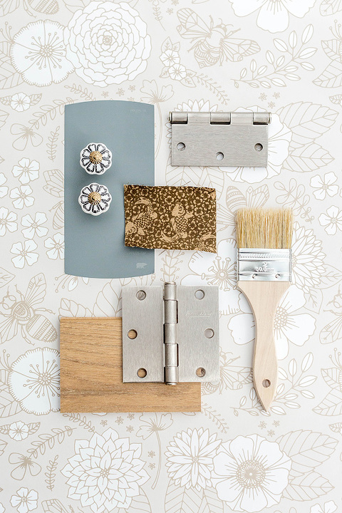3 Hardware Finishes, 3 Different Ways | dreamgreendiy.com + @SchlageLocks #ad