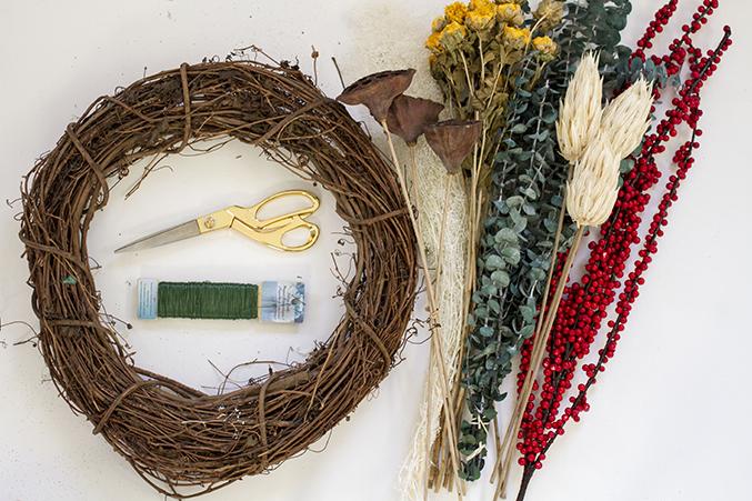 DIY-Seasonal-Wreath-01