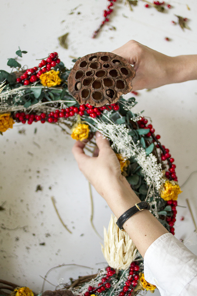 DIY-Seasonal-Wreath-27