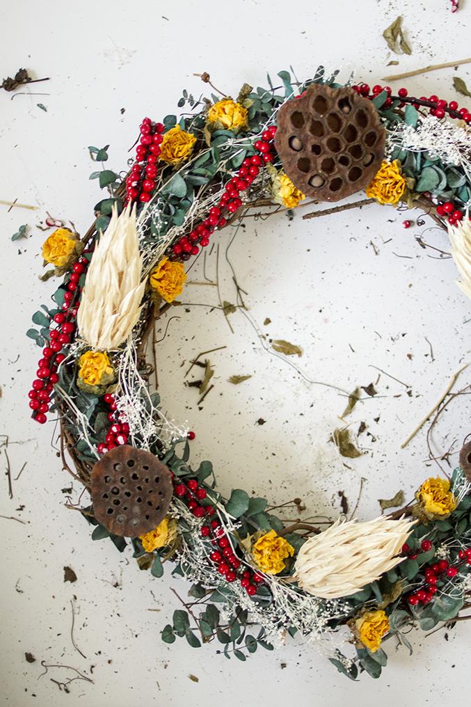 DIY-Seasonal-Wreath-30