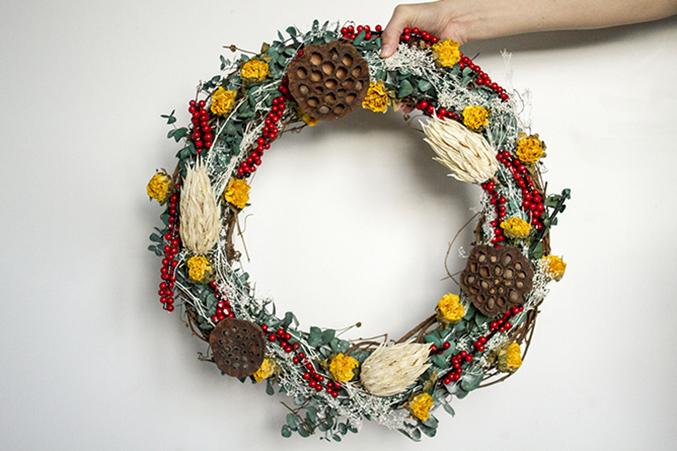 DIY-Seasonal-Wreath-32