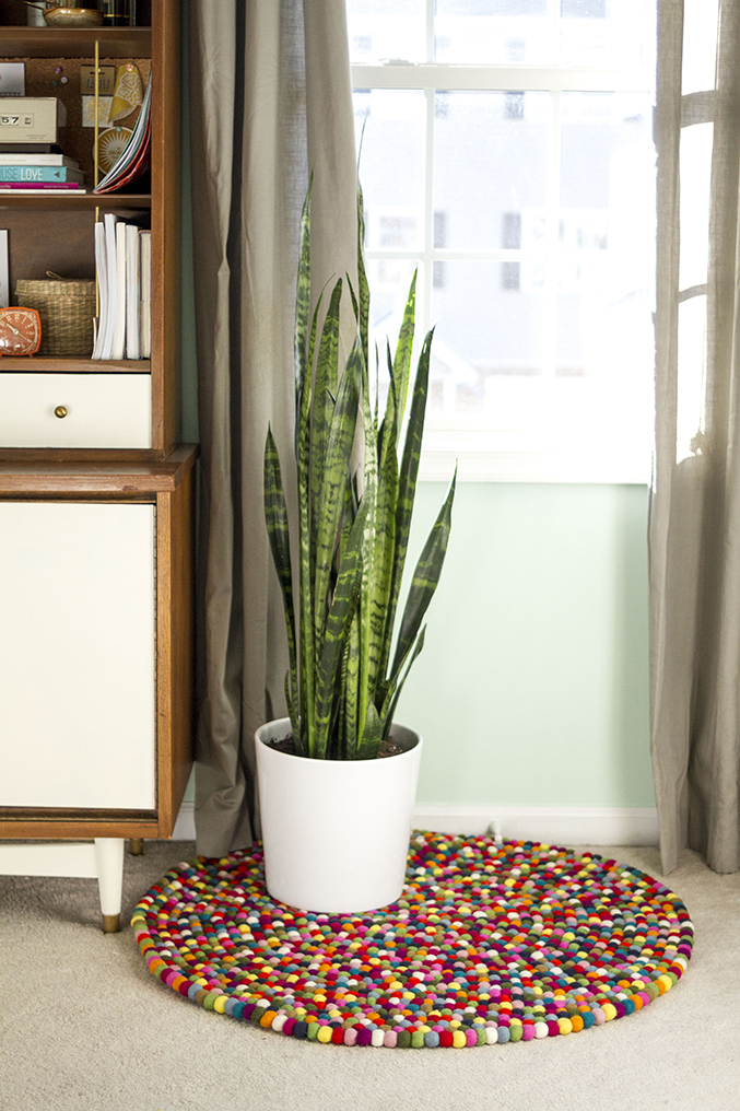 Felt Ball Rug | Dream Green DIY