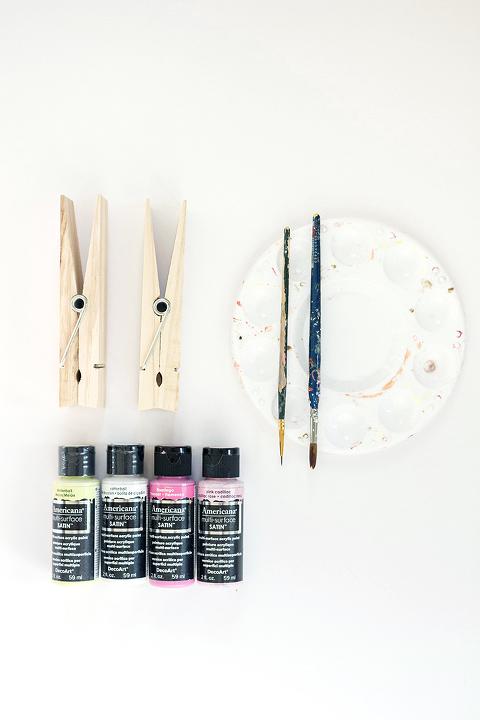 DIY Painted Clothespin Photo + Card Holders | Dream Green DIY + @decoart