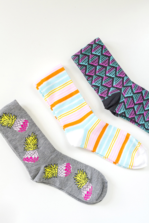 How To Tidy Your Sock Drawer In 10 Minutes | Dream Green DIY
