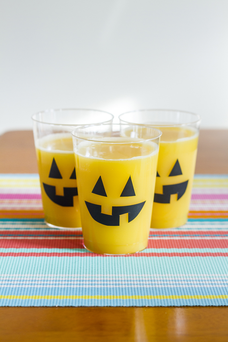 DIY Carved Pumpkin Face Glasses + Pumpkin Punch Recipe | Dream Green DIY