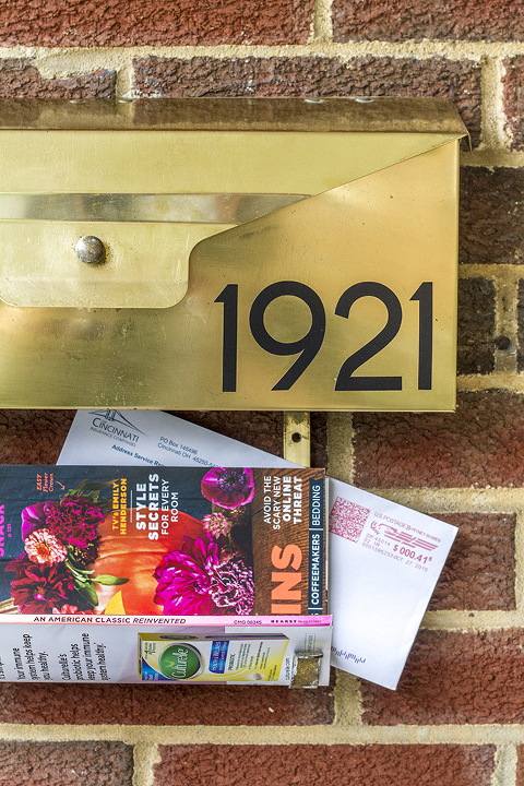Mid-Century Wall-Mounted Mailbox Makeover | Dream Green DIY