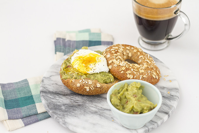 Southwestern Poached Egg Bagel Recipe | Dream Green DIY
