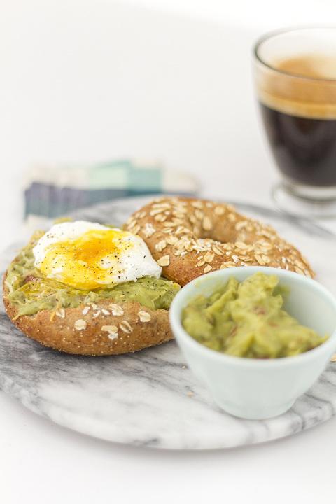 Southwestern Poached Egg Bagel Recipe   Dream Green DIY