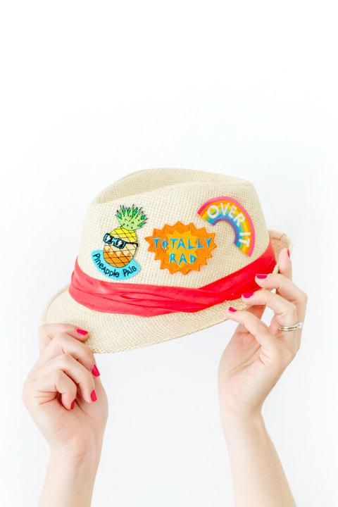 DIY Semi-Permanent Patched Straw Hat | dreamgreendiy.com