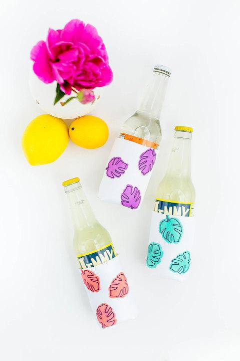 DIY Monstera Leaf Drink Sleeves   dreamgreendiy.com + @orientaltrading