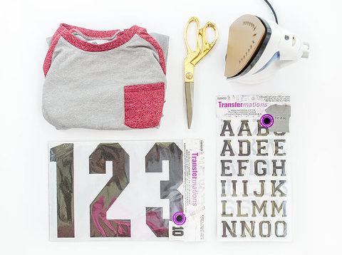 DIY Iron-On Fourth Of July 1776 Baseball T-shirt | dreamgreendiy.com