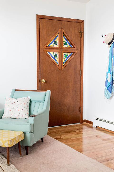 A Quick Saturday Afternoon Front Door Knob Update | dreamgreendiy.com @kwikset
