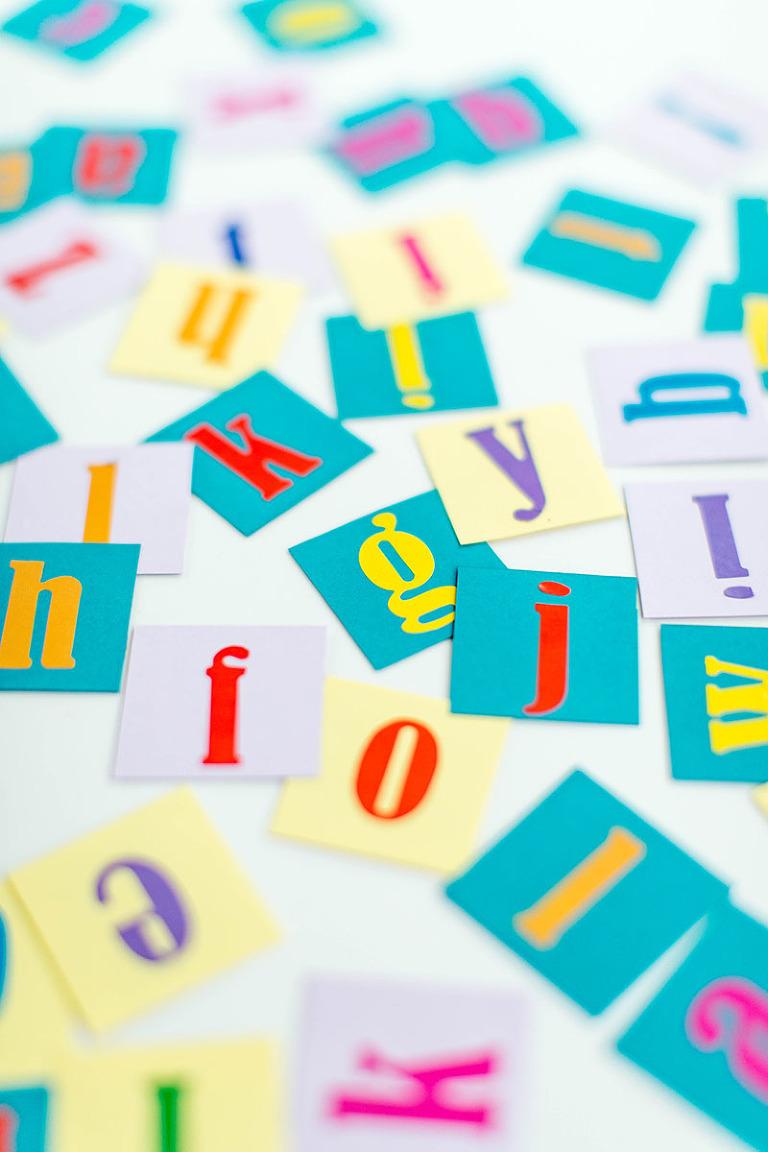 DIY Magnetic Alphabet Message Pieces   dreamgreendiy.com + @orientaltrading
