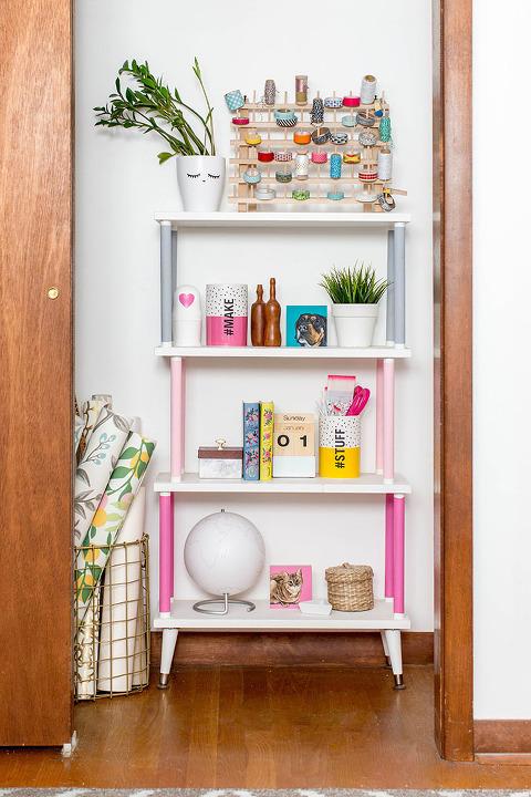 How To Properly Paint A Tight Space (Like A Closet!) | dreamgreendiy.com + @scotchblue #ad #PrepPaintPull