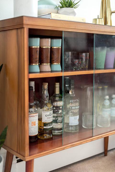 A Retro Bar Cabinet & Portrait | dreamgreendiy.com