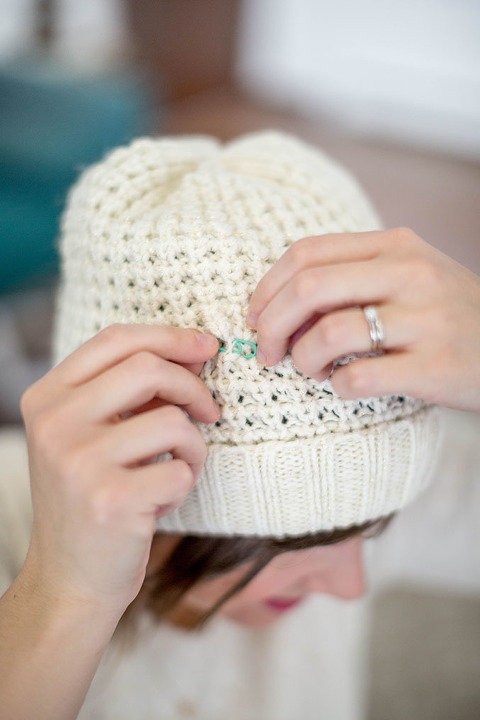 Soothe Your Migraine With A DIY Beanie Ice Pack | dreamgreendiy.com