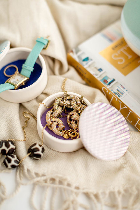 DIY Washi Tape Jewelry Box With Colorful Felt Lining | dreamgreendiy.com + @orientaltrading