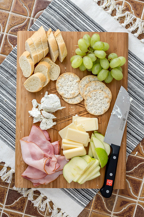 The Perfect At-Home Cheese Board & Wine Tasting | dreamgreendiy.com + @pmallgifts #ad #pmallgifts #personalizationmall