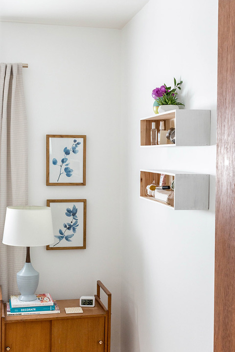 How To Make And Style DIY Painted Wall Cubbies | dreamgreendiy.com + @orientaltrading
