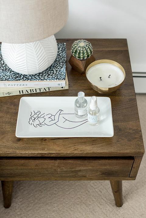 DIY Vintage-Inspired Sketched Lady Platter