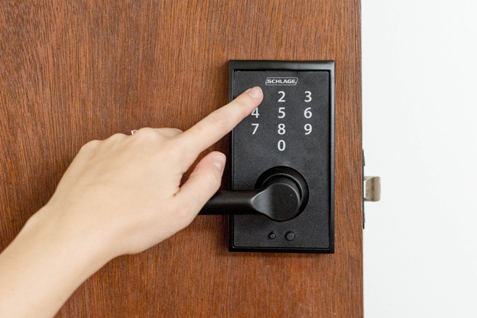 How To Install An Electronic Door Handle Dream Green Diy
