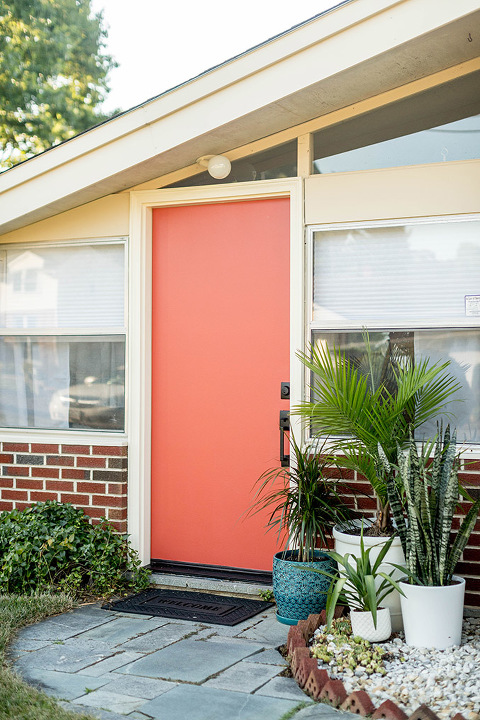 Mid-Century Inspired Curb Appeal Update