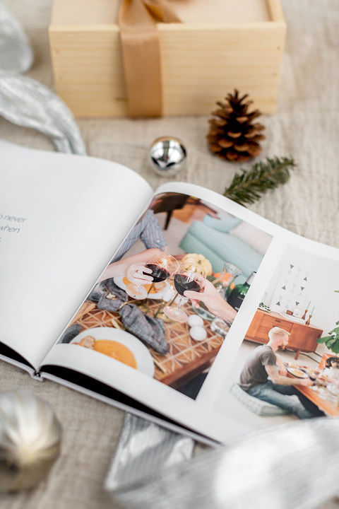 '12 Reasons Why I Love You' Photo Book Gift Idea | dreamgreendiy.com + @snapfish