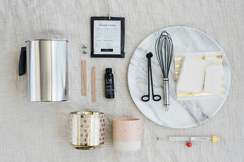 DIY Candle-Making At Home | dreamgreendiy.com + @woodenwickco #ad