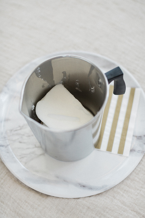 How To Turn Any Ceramic Cup Into A DIY Candle