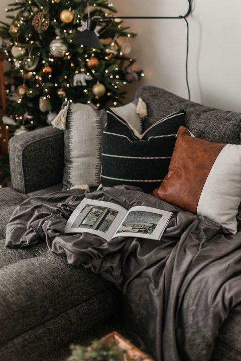 3 Ways To Destress This Holiday Season   dreamgreendiy.com #tranquilitybedding #tranquilityweightedblankets #ad
