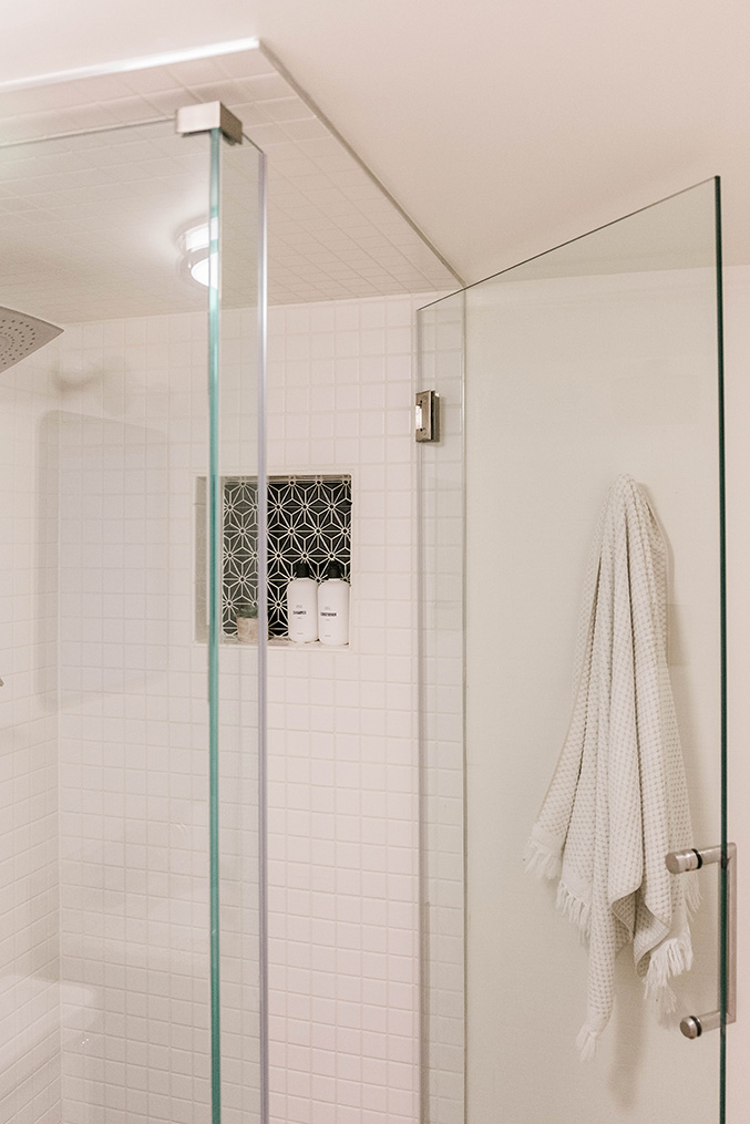 Glass shower stall home renovation ideas