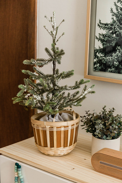 DIY Christmas Console Styling Tips