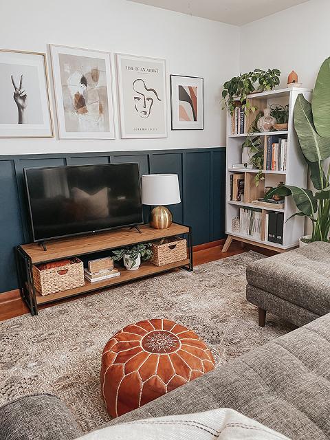 A Media Console For The Lounge Room   dreamgreendiy.com + @southshorefurniture #ad #southshorefurniture